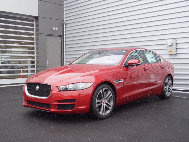 Certified Pre Owned 2017 Jaguar Xe 35t Premium