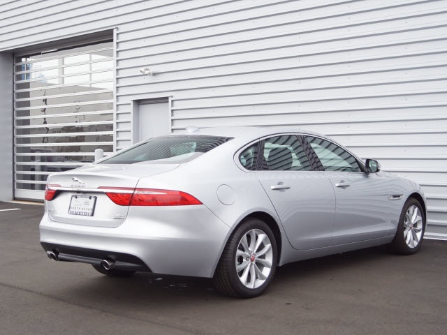 Certified Pre-Owned 2018 Jaguar XF Premium